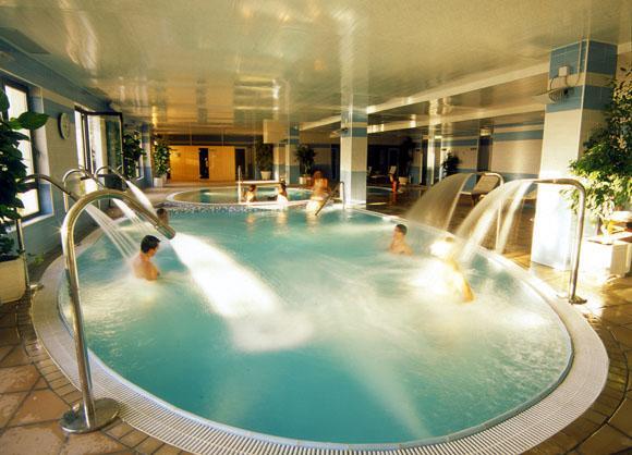El uso del agua caliente en hidroterapia